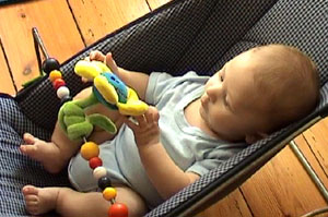 W 4m bouncy chair 10.jpg