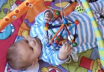 Will 16w playmat tensegrity toy_1.jpg