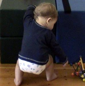 Infant-9m-stand-support-bend-knees- 2.jpg